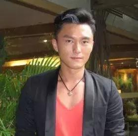 偷吃照片遭曝光!TVB小生楊明被曝瞞著白富美女友偷吃人母