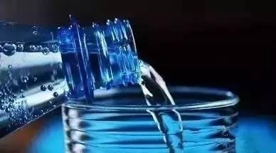 早上喝涼開水與溫開水的驚人差距!你一定別喝錯~