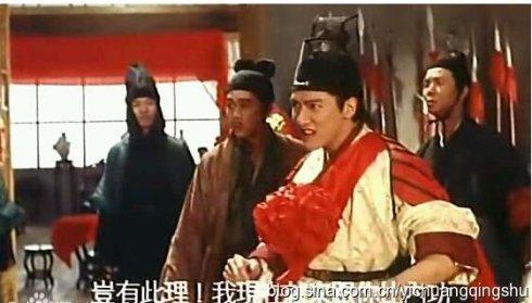 你只知道他是淫魔「西門慶」,卻沒料到他的身世背景這麼驚人!「黃家駒」的葬禮上還做了「這種事」讓大家驚訝!