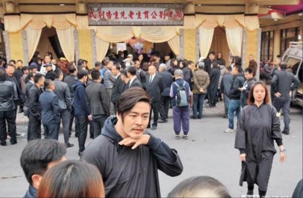 劉至翰當年反駁「偷吃小三」和妻子閃離!沒想到之後「再娶的對象」竟然是...
