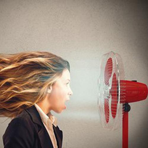 電風扇扇罩年年洗?一層膠水讓風扇不招灰,去污更快更干淨