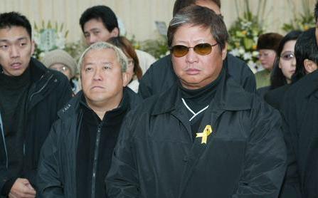 初中輟學獨闖台北,成龍洪金寶敬他,沒錢辦葬禮場面卻轟動娛樂圈