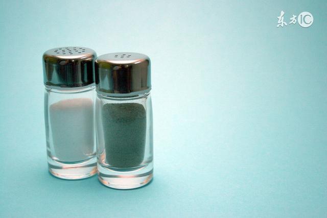 別讓一把鹽毀了你全家!這6種人吃鹽太多等於自殺