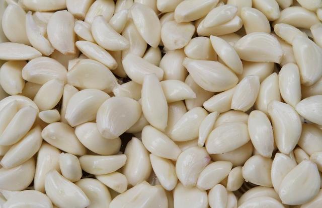 大蒜紅棗栗子蒸飯神奇的抗癌組合,吃兩天胃痛就緩解了