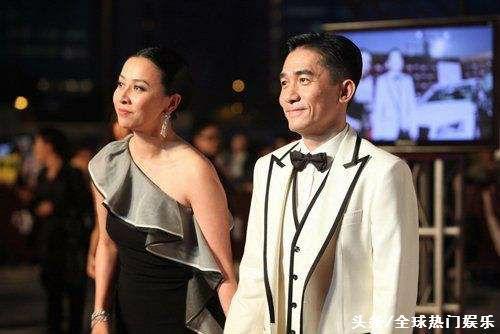 52歲劉嘉玲不服老,穿禮服開叉到腰了!網友吐槽大媽回家歇著吧