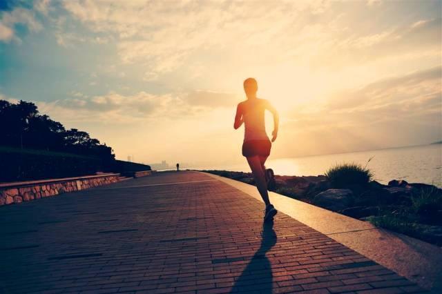 減肥提問:有氧運動多久能消耗脂肪?瘦大腿的最好方法是什麼?