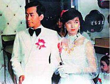 嫁富豪得億萬財產的她,居然要包養黎明,六段婚姻失敗後一心向佛 !