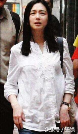 劉德華為何當年「沒有選擇關之琳」?看到朱麗倩年輕時的照片就明白了!