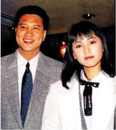 娛樂圈最大牌的婚禮,伴郞居然是星爺,伴娘是劉小慧,證婚人就是六叔邵逸夫