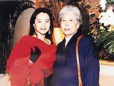 林青霞三位摯愛相繼自殺離世,大美人的人生也曾經歷許多苦痛