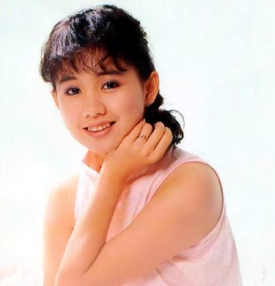 中國娃娃蔡幸娟婚後淡出,離婚後她獨自養女兒如今....