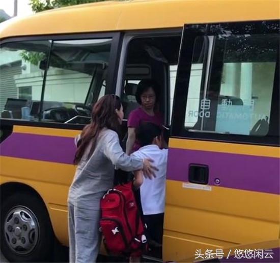 張柏芝睡衣素顏披頭散發送兒子上學獲贊:最美媽媽