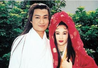 同馬景濤相戀22年,被闊太聯合打到子宮脫落,54歲邀月宮主無人娶