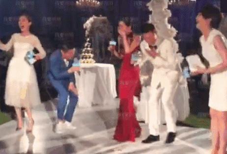 直擊!明星醉酒後的各種百態!林誌玲竟然......霍建華更誇張!竟然在吳奇隆和劉詩詩的婚禮上做「這種事」!