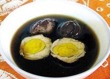 雞蛋和它一起煮,一星期吃兩次,不到一個月開始生黑髮了