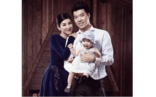 娛樂圈被評為讓人「最噁心的明星夫妻」,黃曉明和baby為首