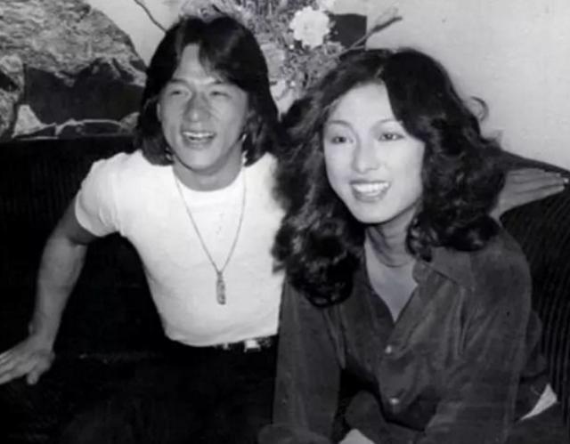 成龍苦苦追了她八年,最後她誓言終生不嫁,今62歲依舊美的不像話