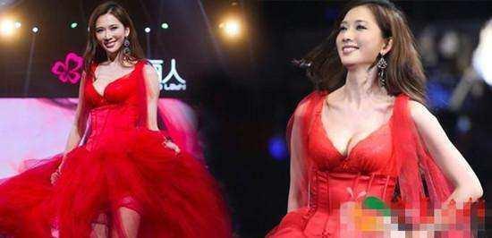 林志玲出席活動,薄紗裙一覽無餘!網友:這是穿衣服了嗎?