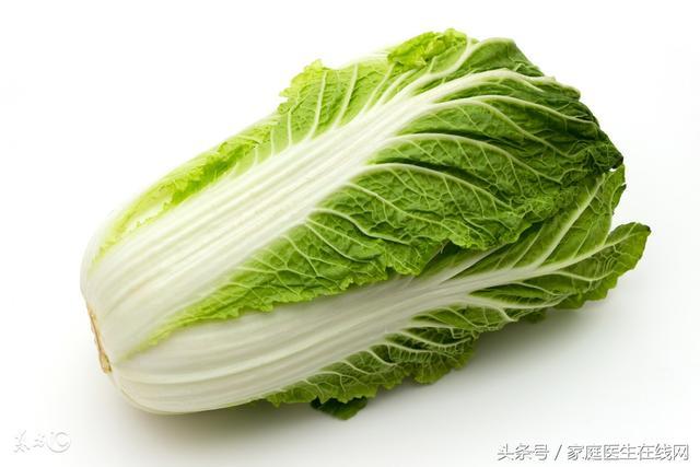 白菜雖然營養豐富,但醫生奉勸,不能和這3種食物同吃