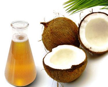 「甲狀腺」、濕疹救星就是「椰子油」:一天一匙就有「7大功效」,全家大小都該用!