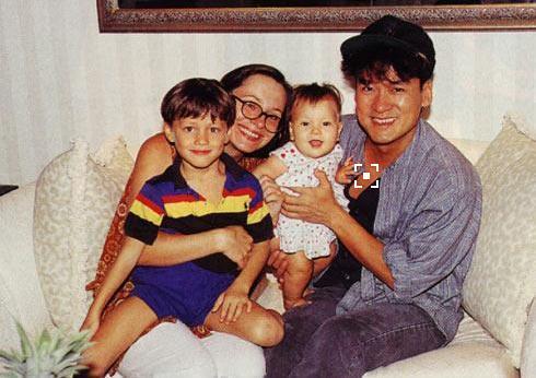 周華健父子照片「同框」,網友:打死我都不信這是周華建兒子