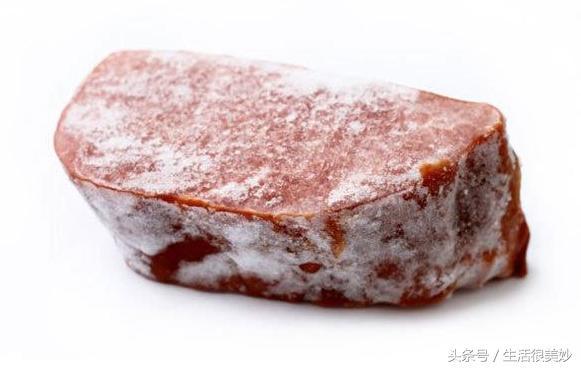 凍肉千萬別再用開水泡了,學會這招,幾分鐘就能全化開,簡單方便