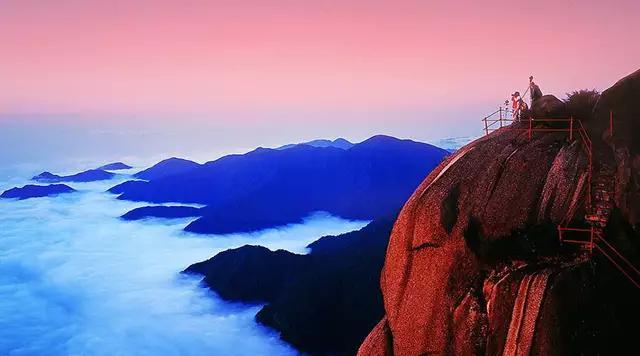 生活不容易,別跟自己過不去;人生路很苦,別讓自己心裡堵!