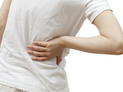 經常後背疼痛,警惕這種疾病!忽視可致殘!