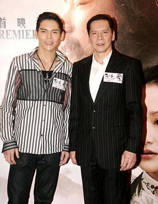 娛樂圈明星的基因太強大,網友看了徐少強的兒子後紛紛都笑了!