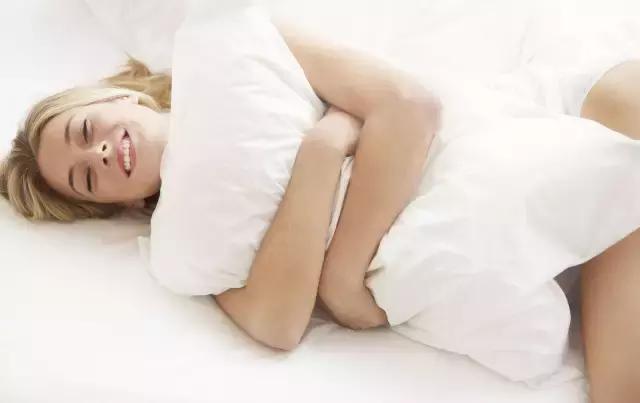 睡前半小時是養肝「黃金期」!經常做一事,身體毒素一掃而光