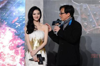 景甜敢不給甄子丹面子,這個女人真不簡單,她的背景到底如何?