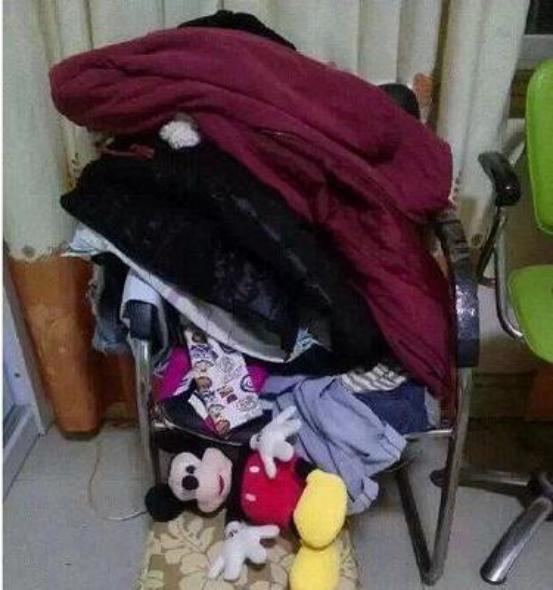 只穿過一次的衣服怎麼收納?長在椅子上太邋遢,這樣做方便美觀