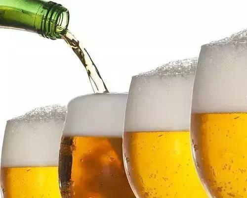 最容易誘發痛風的酒,不是啤酒和白酒;竟然是這個....