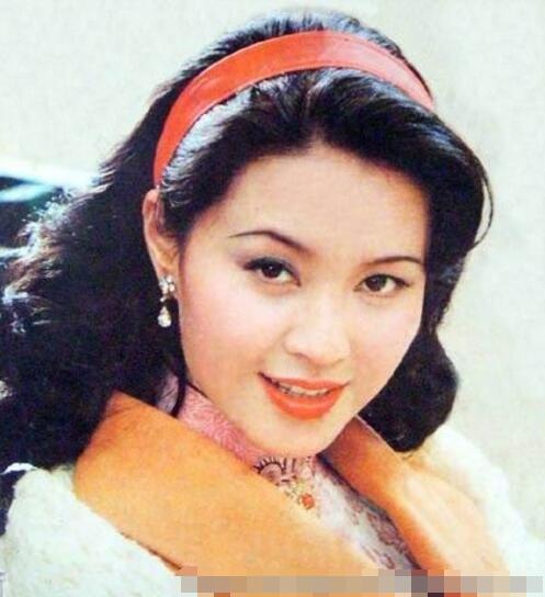 80年代知名女演員,拋夫棄子嫁小10歲歌星,如今晚年過得悽慘 !