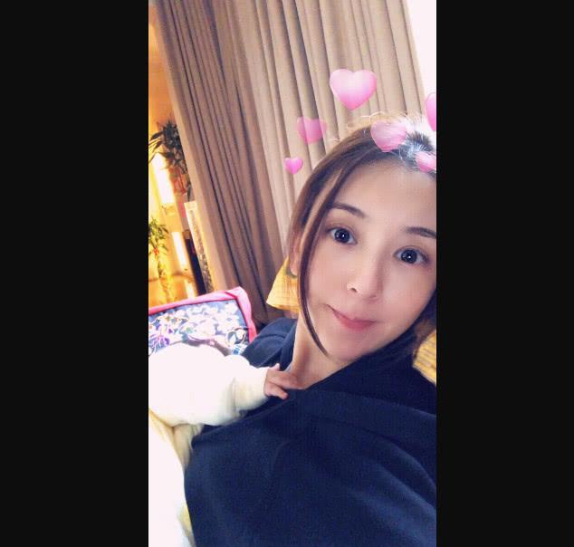 天王郭富城女兒正面照曝光!眉清目秀很可愛!網友:媽媽沒整容!