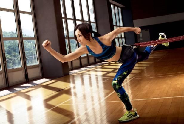 「adidas sammi」的圖片搜尋結果