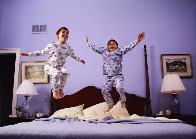 睡衣要多久洗一次? 超過這個時間,多種細菌每晚陪你「睡」