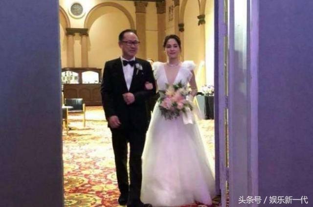 阿嬌大婚,阿Sa含淚祝福,陳冠希默默的發了一張照片
