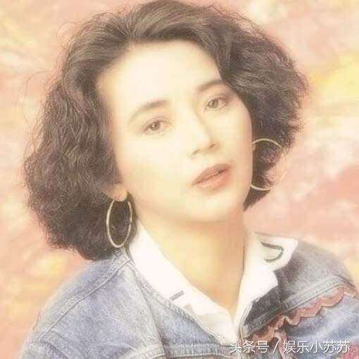 年輕時很漂亮,40歲嫁大8歲圈外老公,60歲發福像變了個人