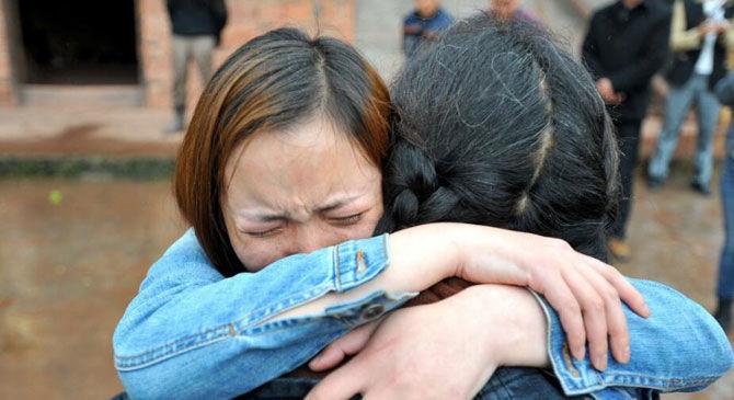 女兒回家經常半夜起來做飯,早上卻沒有飯菜,母親疑惑跟蹤後淚崩