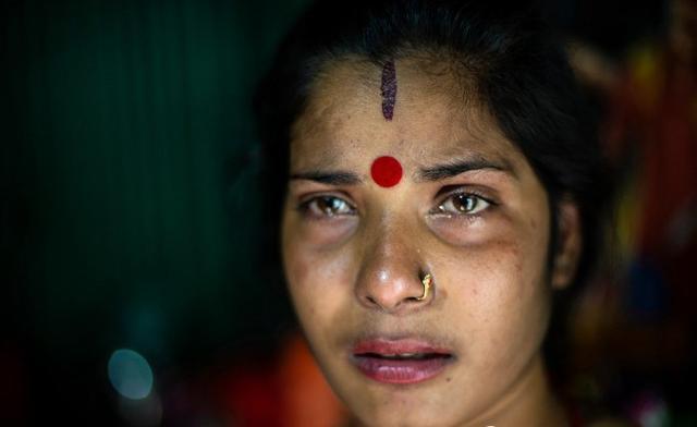 實拍孟加拉少女的日常,被迫吃催熟藥,生了孩子不知道父親是誰