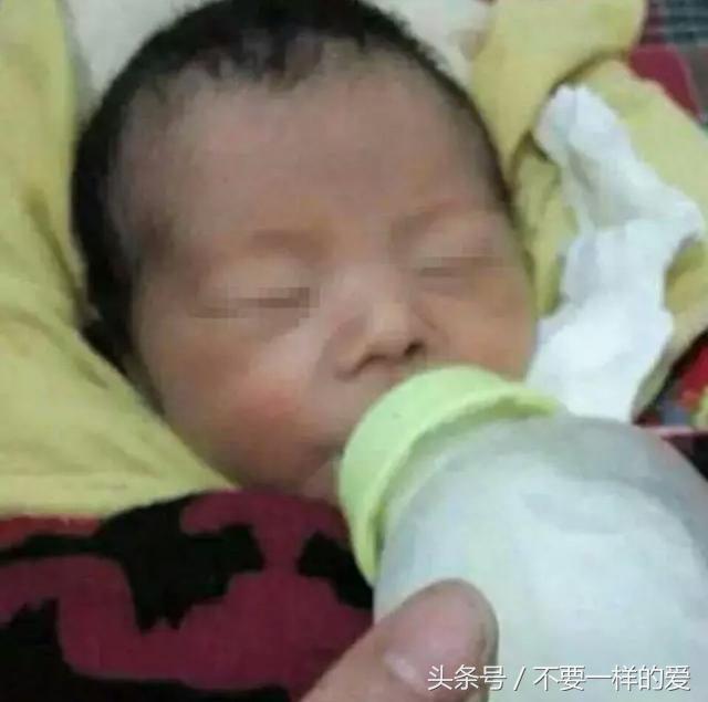 新生嬰兒被遺棄在廁所,孩子送到醫院後,所有人都驚訝了!
