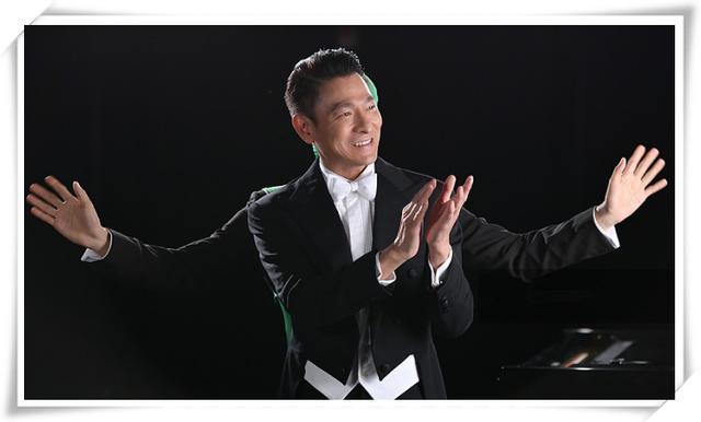 看了51歲黎明西裝照,再看56歲劉德華,都是天王,狀態差距太大了!