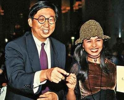 曾經香港三美,卻當了12年寡婦,今58歲不整容也美的令人心動