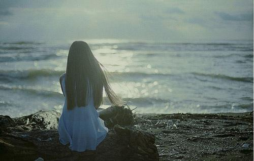 一個人,自己不強大,靠誰都是假,深度好文