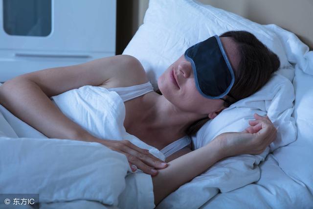 睡眠不好,人會以3倍的速度衰老!想要有一個好睡眠,學學這一招