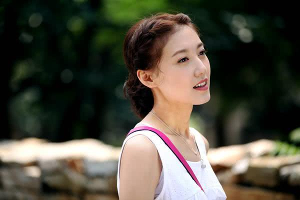 圈內「最乾淨」的女星,蘇有朋追求她三年被拒,出道20年零緋聞