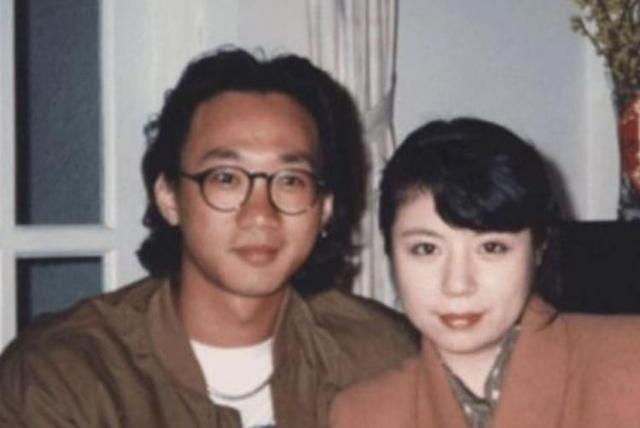 黃家駒未婚妻近況,今56歲終身不嫁,求婚戒指一戴就是30年