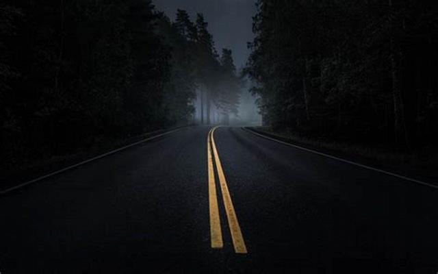 心理測試:走夜路,你最害怕什麼?測你十二月會得到財神垂青嗎?