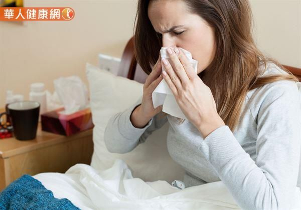 總是飽受鼻過敏之苦嗎?也許可試試中醫冬季「三九貼」調理。(圖片提供/華人情境照)